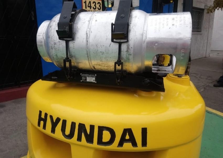 Hyundai 3,3