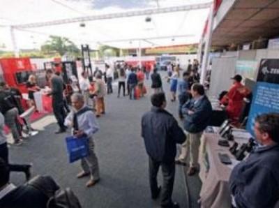 EXPO BODEGAS & LOGÍSTICA 2017 REÚNE A LOS PRINCIPALES ACTORES DEL RUBRO GRÚAS HORQUILLAS
