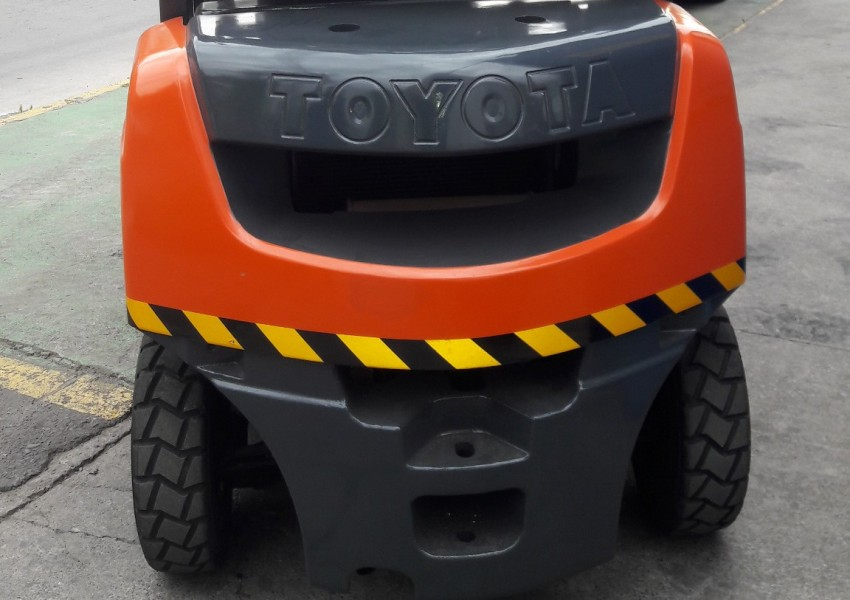 Toyota 2,0